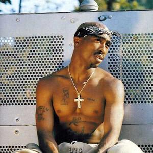 2パック(2Pac 本名:トゥパック・アマル・シャクール(Tupac Amaru Shakur) 1971年6月16日 ,  1996年9月13日)は、アメリカ合衆国ヒップホップMC、俳優である。