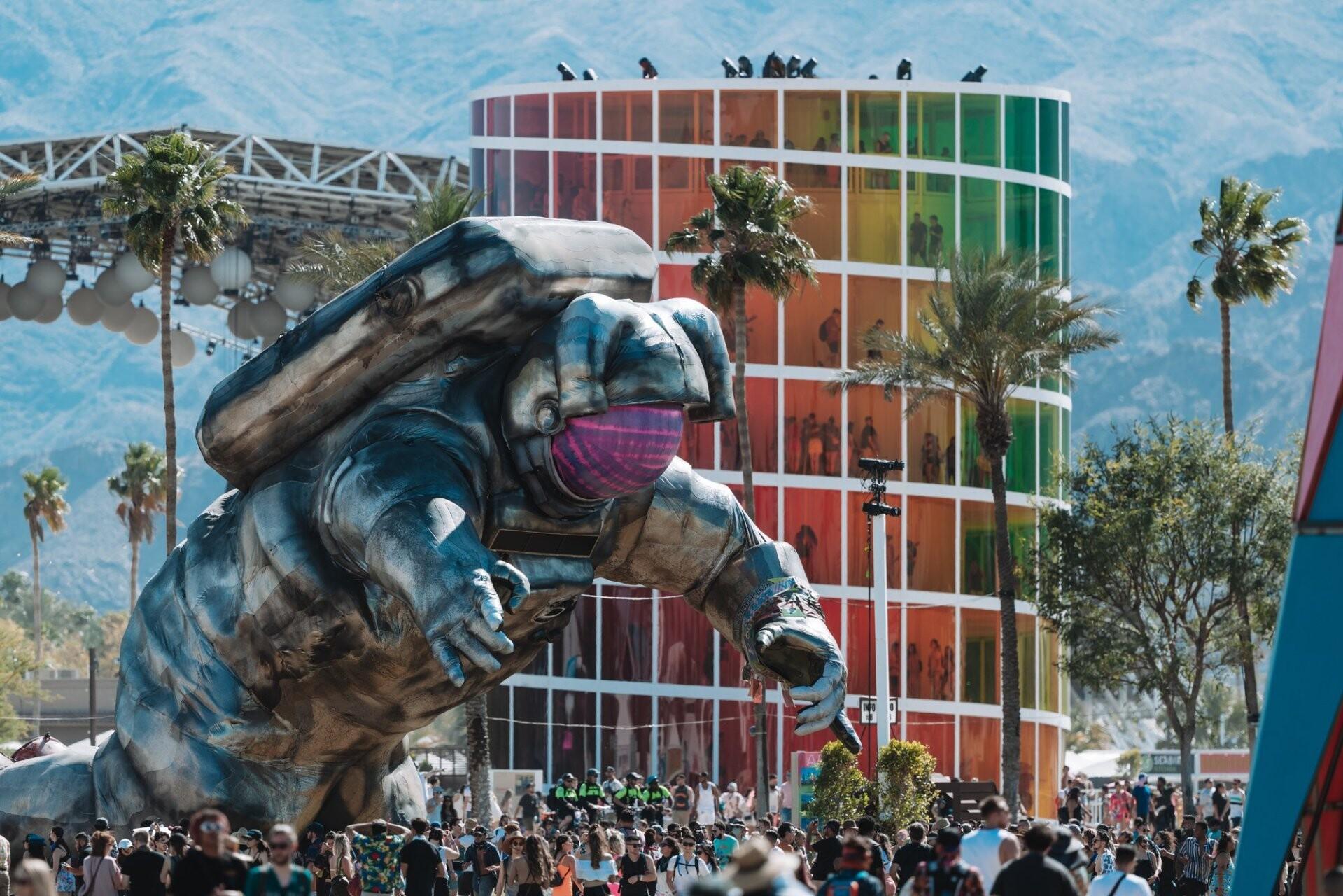 アメリカ・カリフォルニア州で開催予定の世界最高峰の野外フェス『Coachella(コーチェラ)』2022年春に再々延期となる噂が