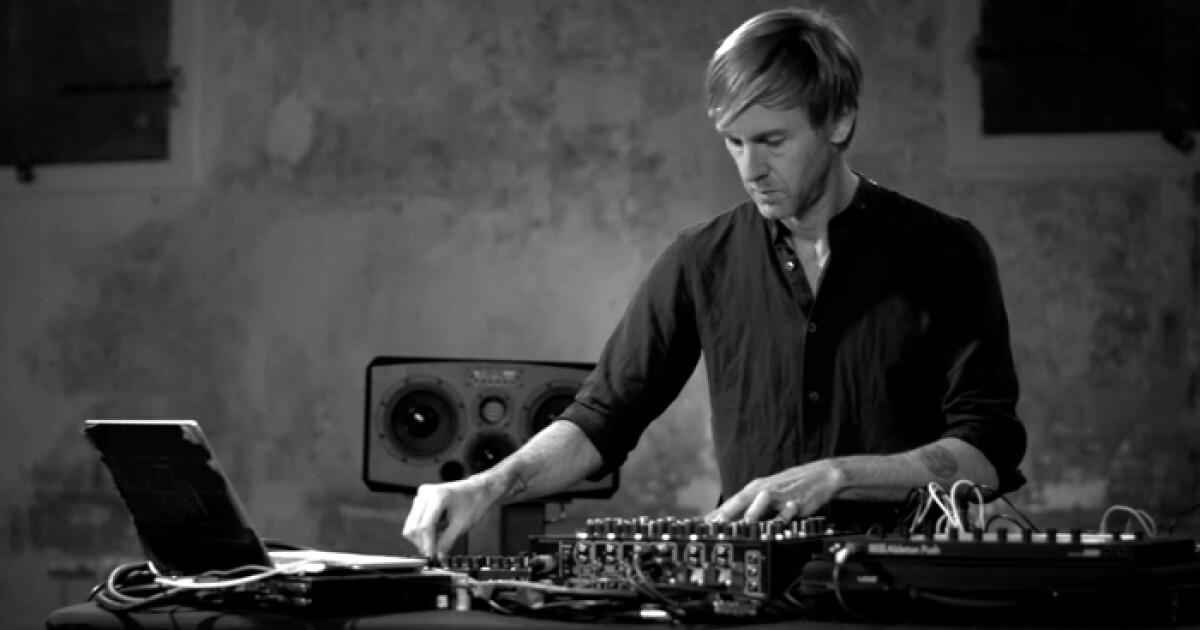 Richie Hawtinが話題のDJ新機材「PLAYdifferently Mixer」のレッスンビデオを公開! - iFLYER